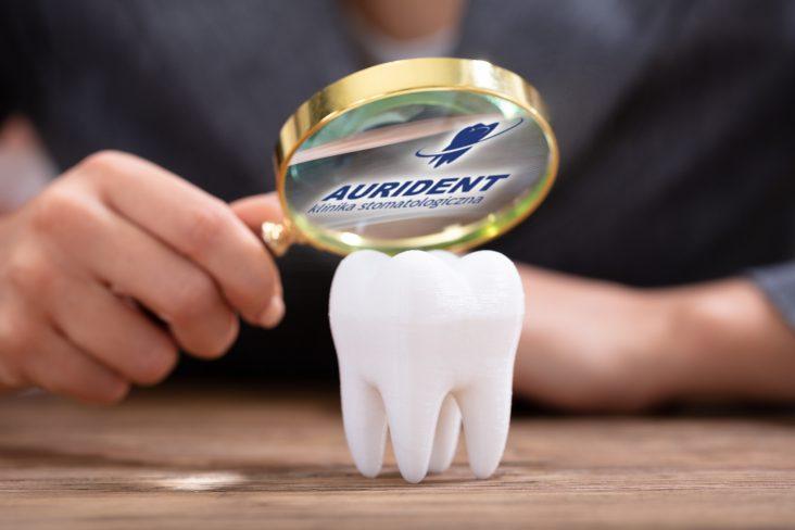 Regularna kontrola stomatologiczna w Aurident.