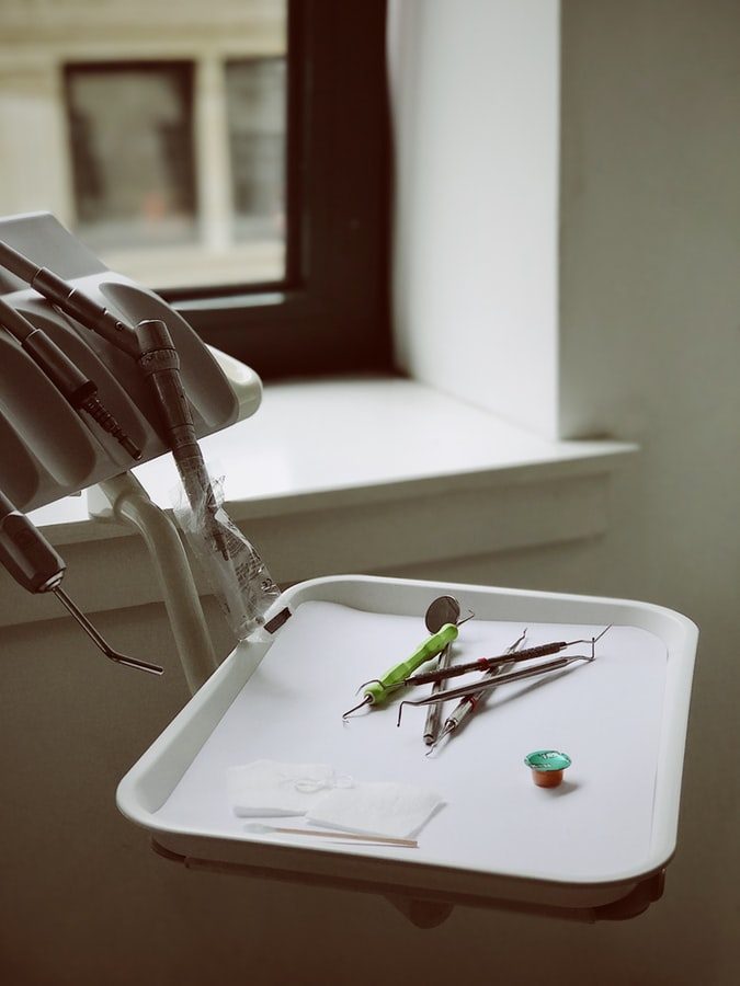 przybory dentystyczne
